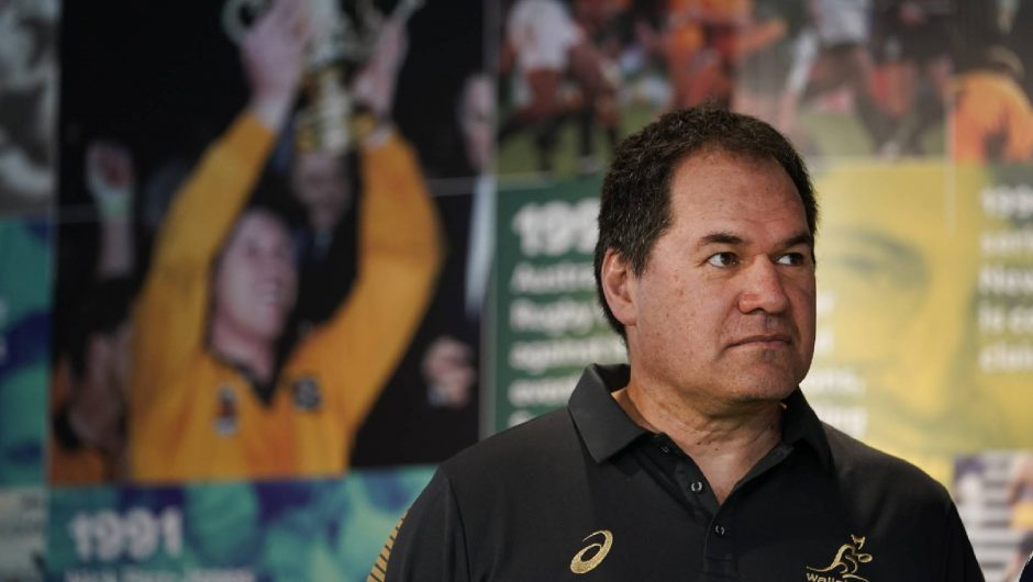 Rennie está «absolutamente comprometido» con Wallabies